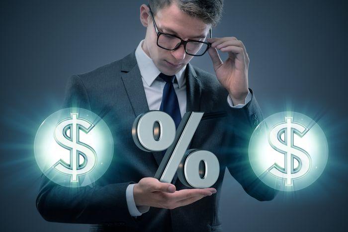 «Рекламные» ставки по кредитам и реальность: как не ошибиться с выбором?