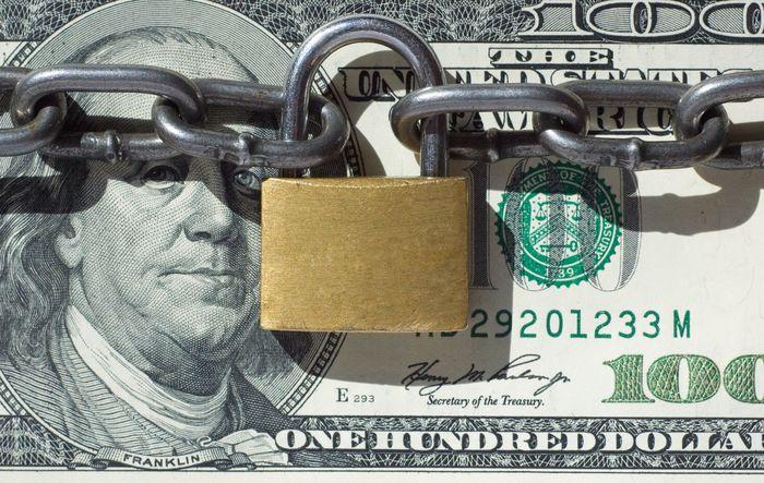 деньги под защитой