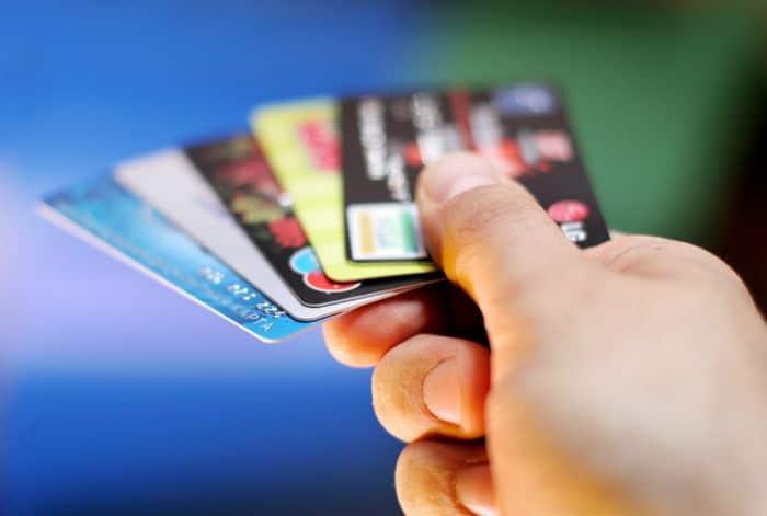 Бесплатные дебетовые карты в 2017 году