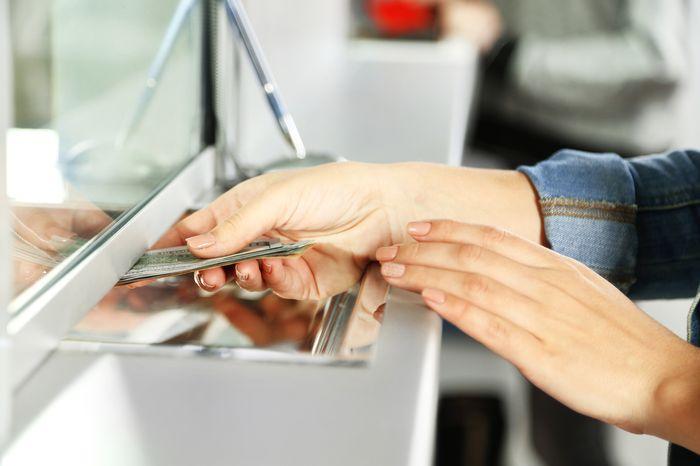 оплата в кассе банка