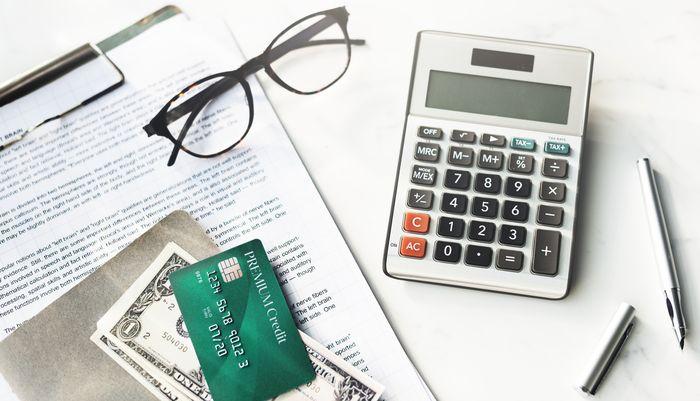Выгода от банковской карты – как пользоваться пластиком и оставаться в плюсе