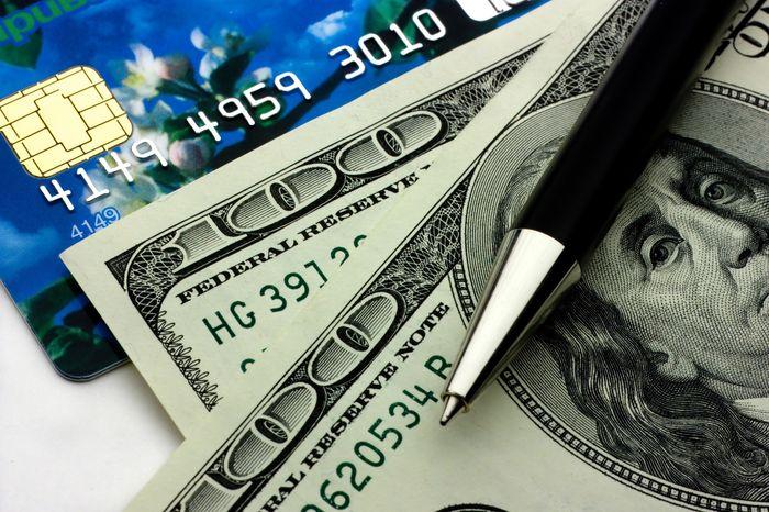 деньги вклад или же карта?