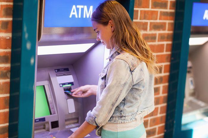 снятие наличных средств с кредитной карты