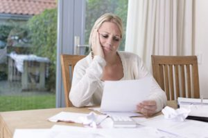 Как физическому лицу объявить себя банкротом: процедура банкротства и ее последствия