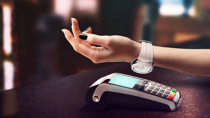 Полное описание новинки от Альфа Банка – «Платёжные часы «AlfaPay»