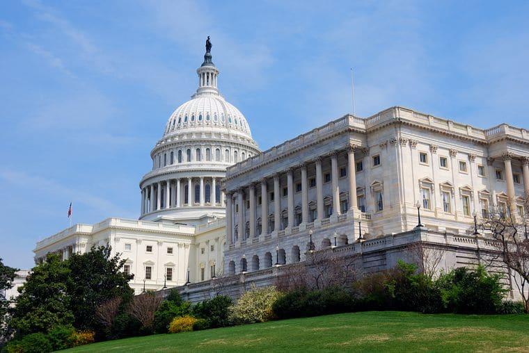 В конгрессе США одобрили федеральный бюджет на 2018 год