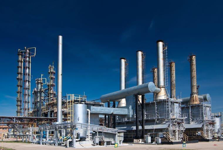 Цена на нефть в 60 долларов принесет России до 1 трлн. рублей