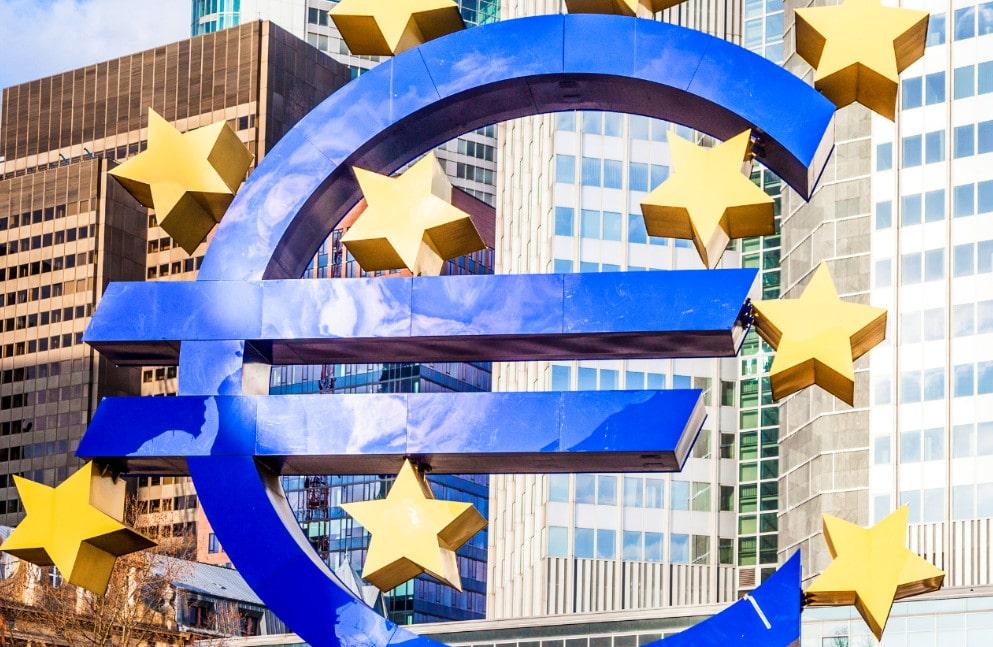 Экс-президент Еврокомиссии высказался негативно о санкциях против РФ