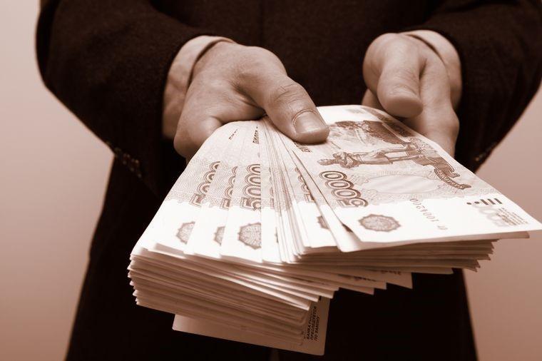 Банки выдали кредит каждому третьему заемщику в 2017 году