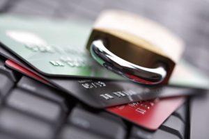 Правовой беспредел: банки требуют обоснование переводов
