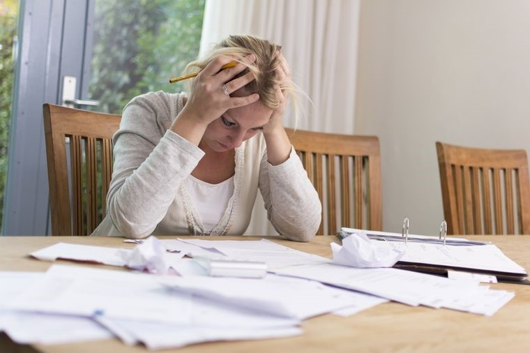 Как научиться правильно экономить деньги при маленькой зарплате, чтобы накопить запланированную сумму