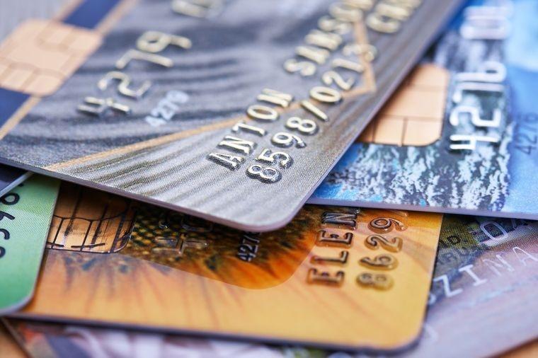 Интернет-магазины будут обязаны принимать карты к оплате