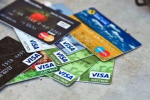 Как выбрать зарплатную карту: плюсы и минусы, актуальные предложения банков