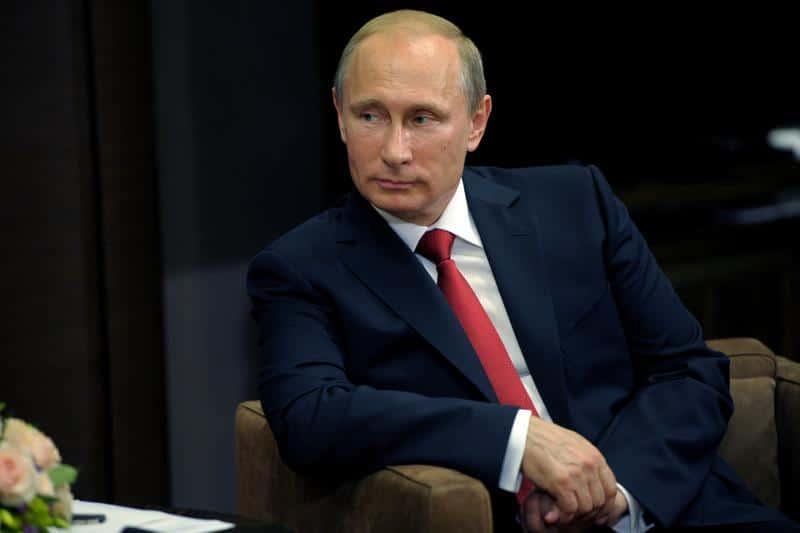 Президлент России подписал закон о маркировке товаров