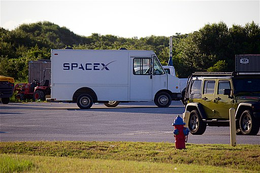 SpaceX выбилась из графика по обеспечению всей планеты бесплатным интернетом