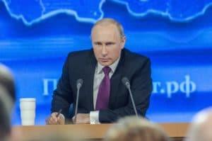 Путин решил смягчить пенсионную реформу