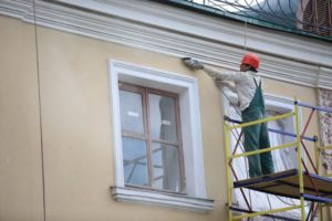 Минстрой вынесет на обсуждение предложения по капремонту жилья