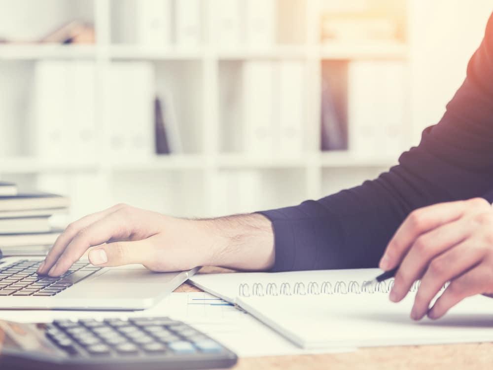 Теневой бизнес в 2018 году стал активнее платить налоги