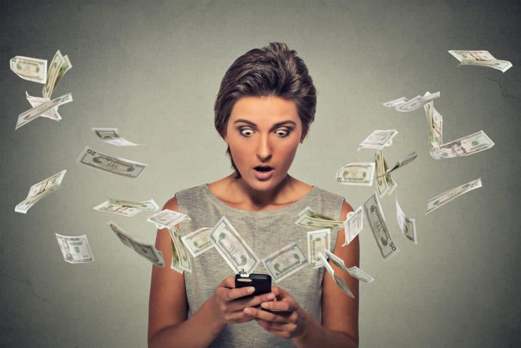Что делать в случае некорректного или незаконного списания денег с карты?
