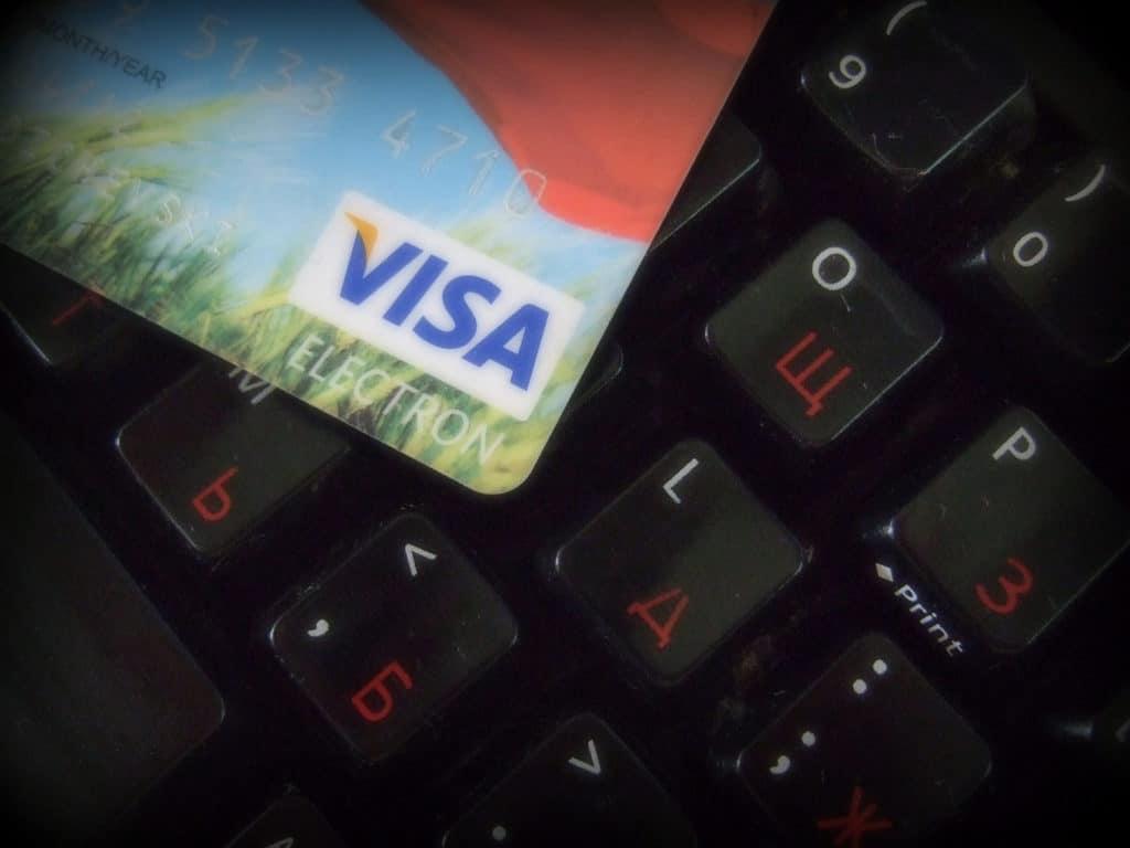 Без паролей кодов и смс. Появился еще один способ украсть деньги со счета