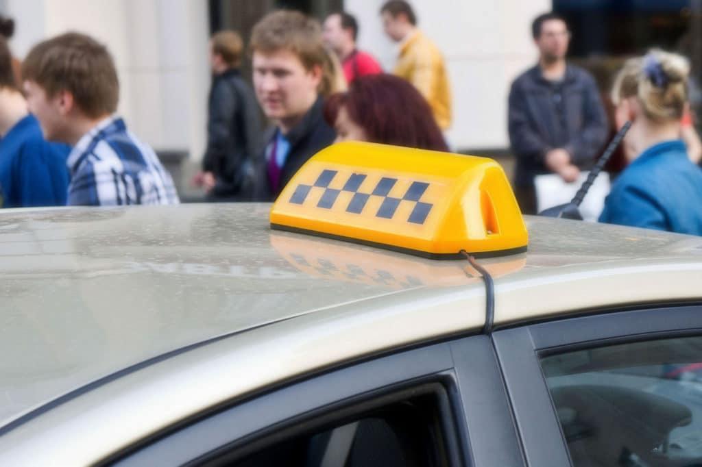 кредит такси отзывы водителей банк хоум кредит калуга телефон