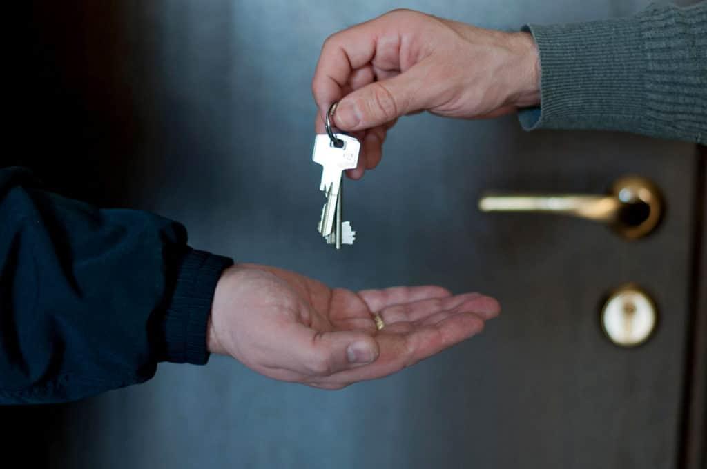 Стало известно, сколько нужно отдать в месяц за самую дешевую квартиру в Москве