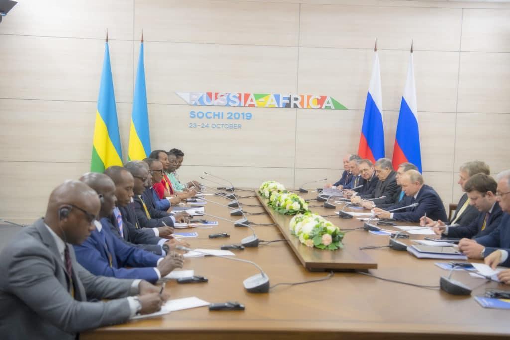 Россия не только списала долги странам Африки, но и потратила 4,5 миллиарда на проведение саммита