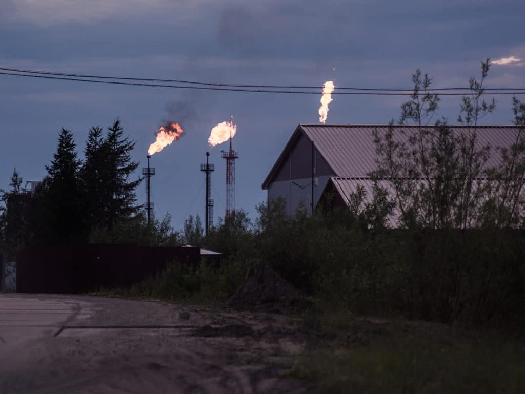 Правительство хочет ввести новый налог, нефтяники – против