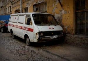 Старые сгнили, новых нет: автомобили «скорой помощи» по всей России выработали свой ресурс