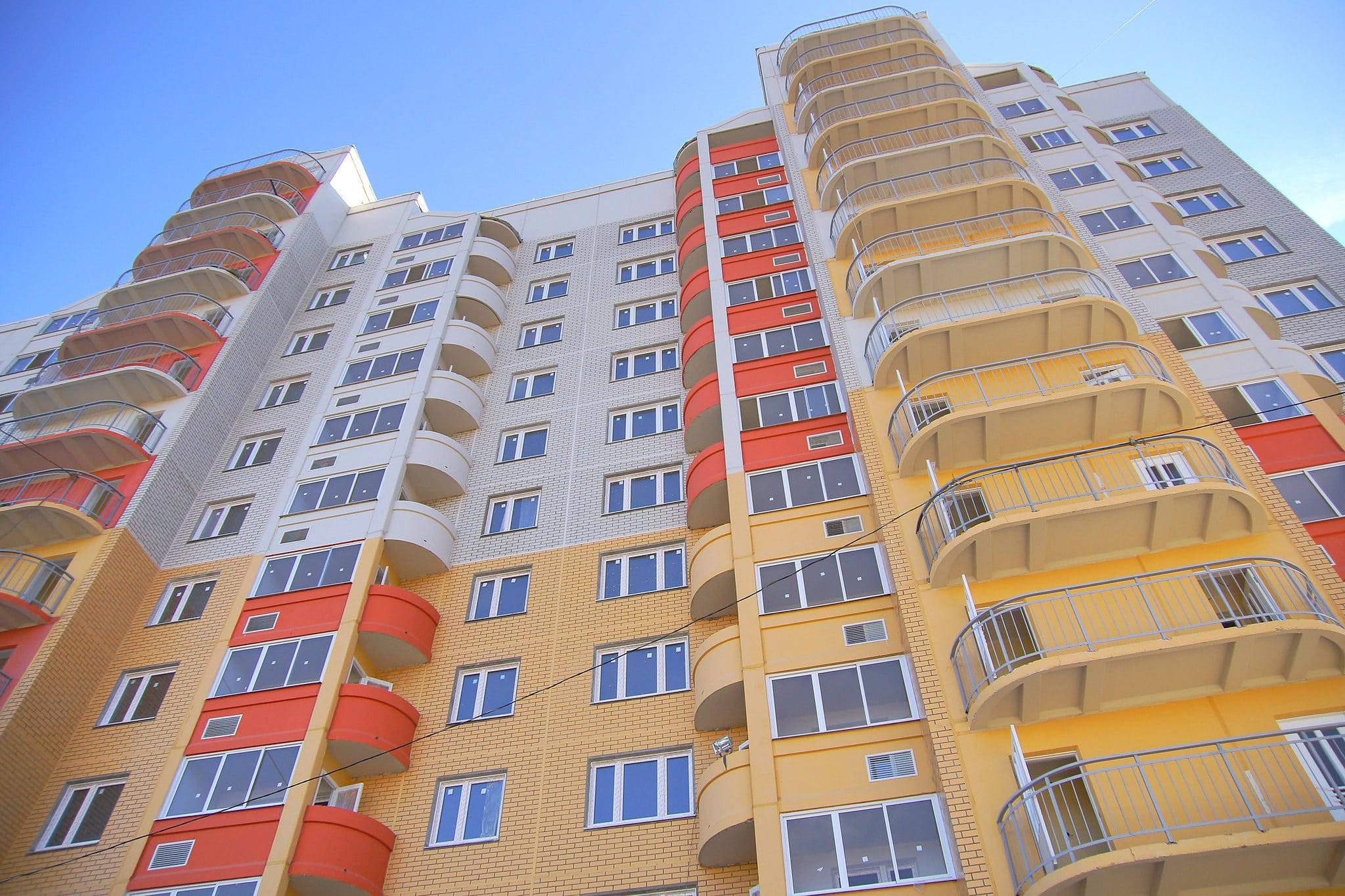 Двое детей = 2 миллиона: аналитики подсчитали помощь семье при покупке квартиры со всеми льготами