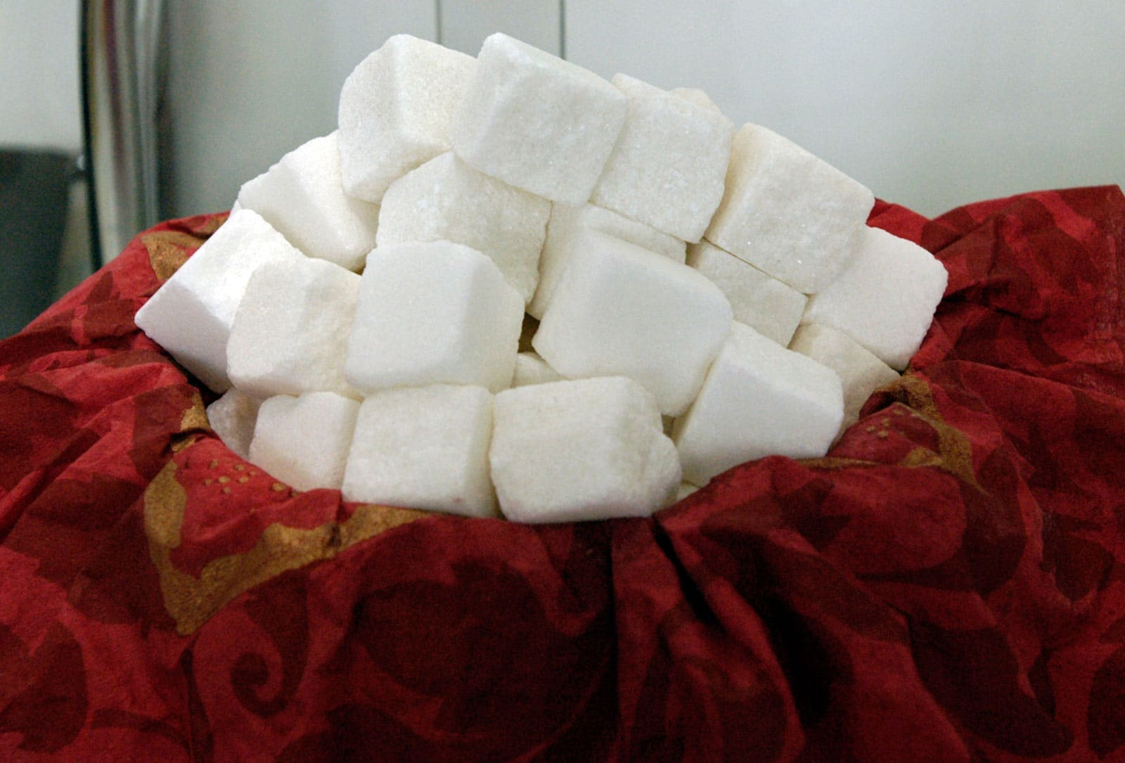 В России останавливаются 3 сахарных завода. Всему виной хороший урожай и Узбекистан
