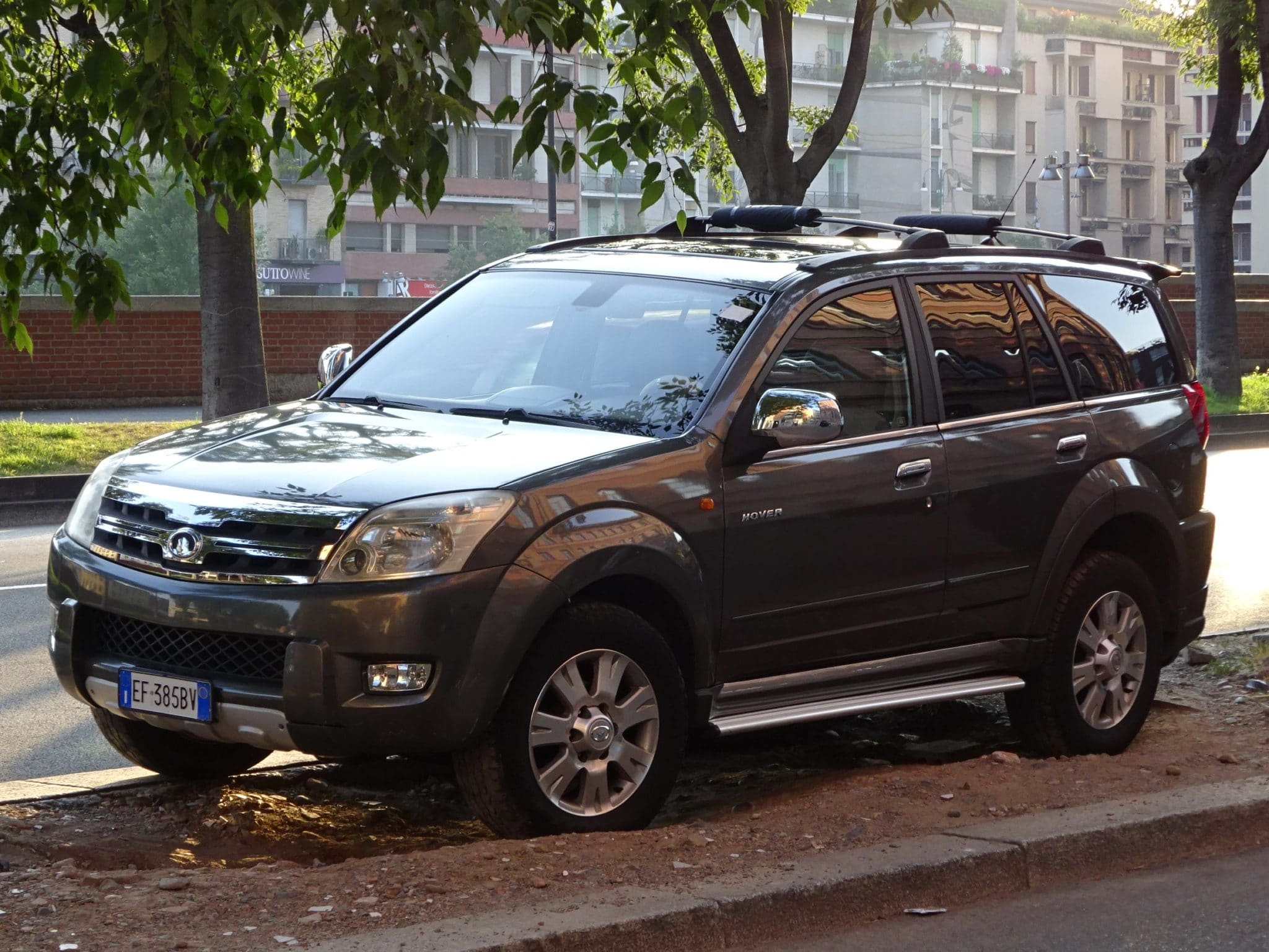 Пока УАЗ разрабатывает «Русский Прадо», китайцы уже выпустили в России «Убийцу «Патриота»»