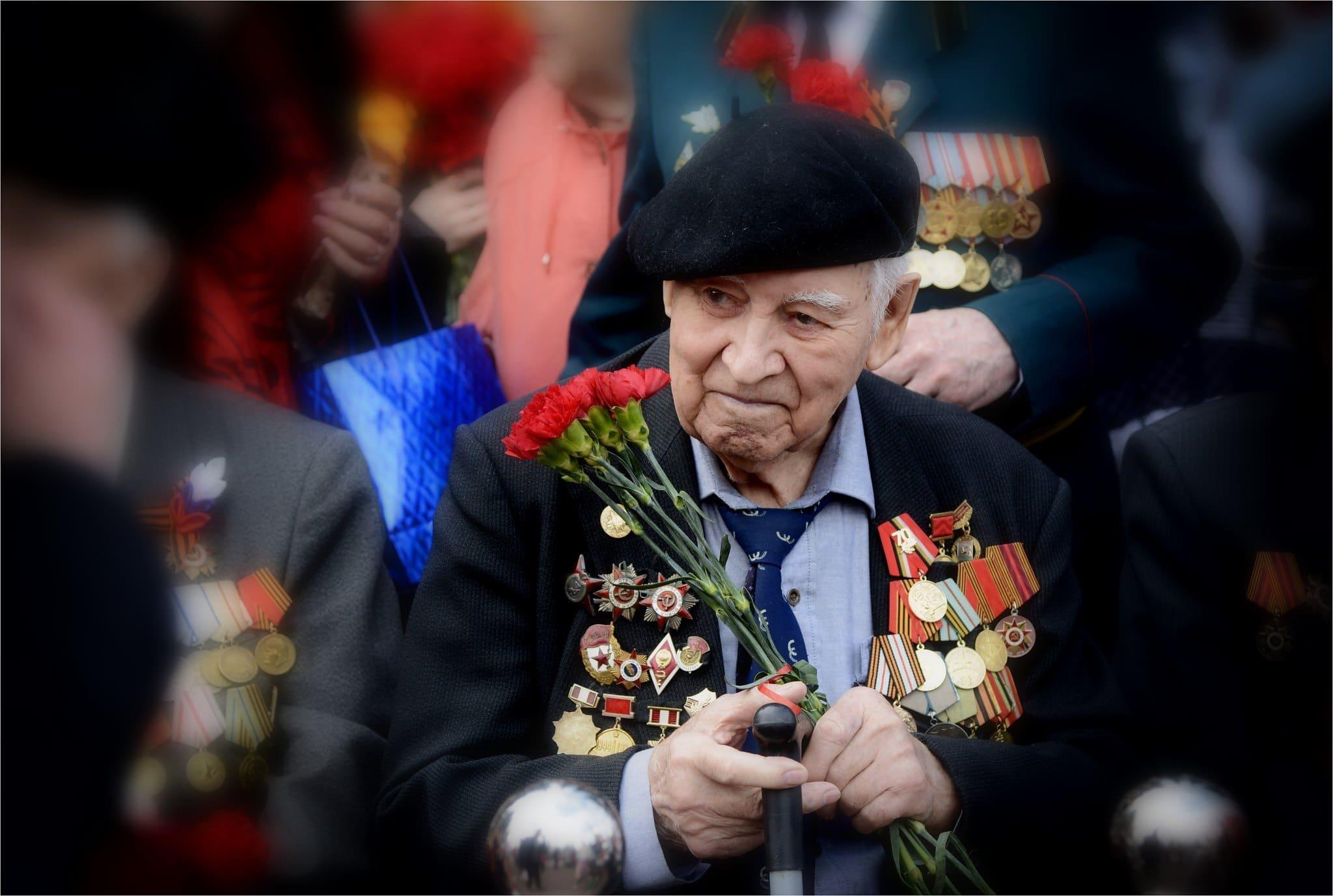 Появился текст указа президента о выплатах ветеранам к 9 мая. Их получат не только в России