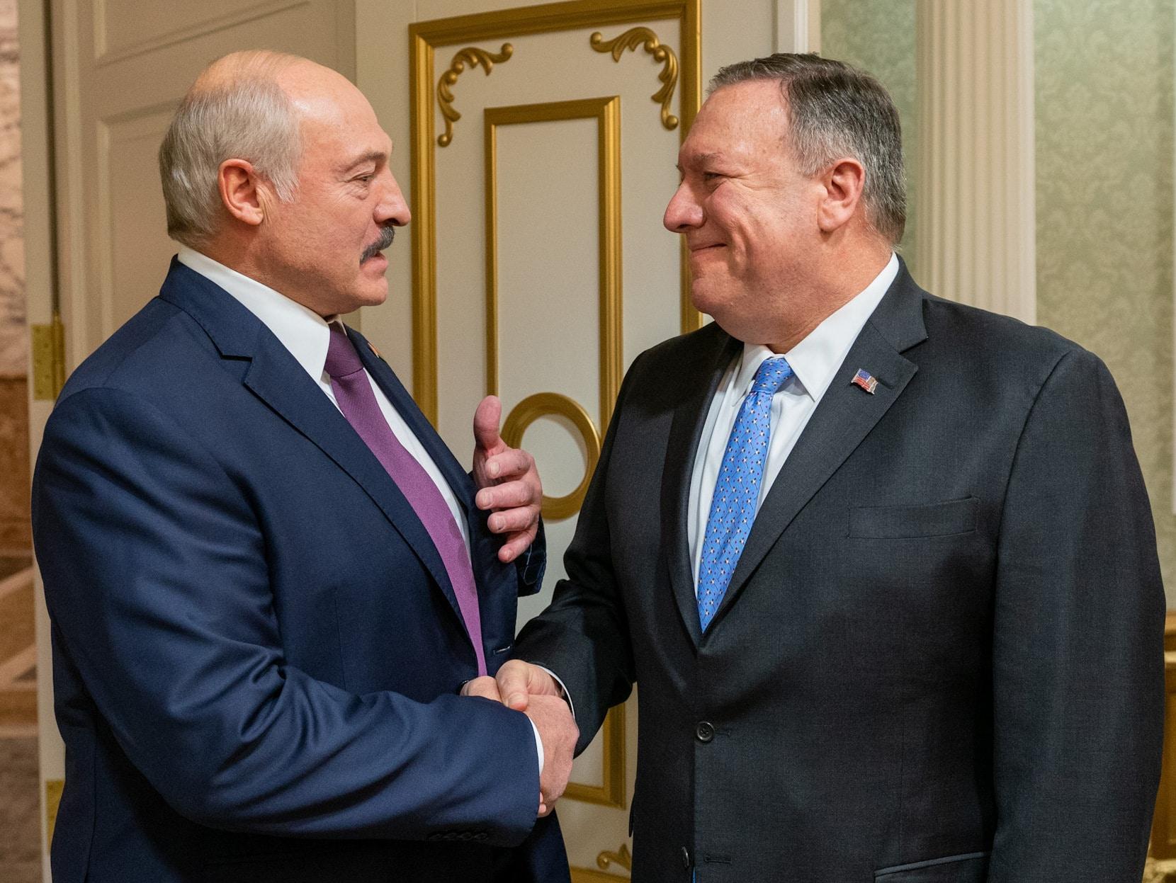 Новый раунд противостояния? Лукашенко встречается с Помпео и обвиняет Россию в обмане с газом