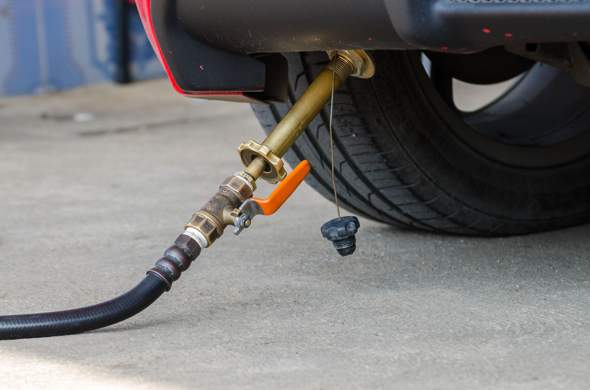 СПГ вместо КПГ: почему государство сокращает поддержку транспорта на компримированном газе?